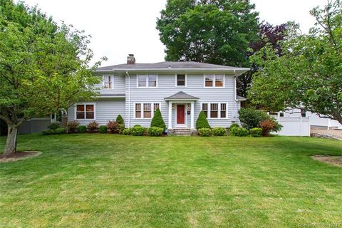 Terrific Milford Ct Real Estate Milford Homes For Sale Realtor Com Download Free Architecture Designs Embacsunscenecom
