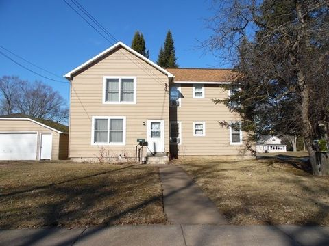Photo of 1102 Prospect St, Neillsville, WI 54456