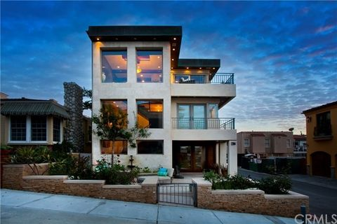 2314 Ocean Dr, Manhattan Beach, CA 90266. House For Rent