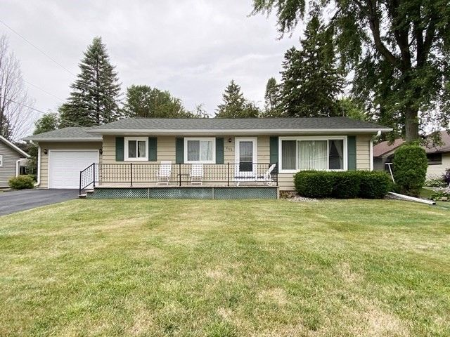 205 S Pearl St Spencer, WI 54479