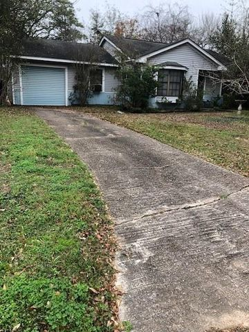 1738 Gardenia Dr, Houston, TX 77018