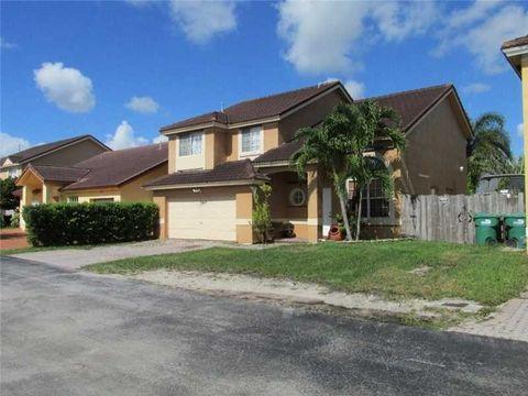 18836 Nw 80th Ave, Hialeah, FL 33015