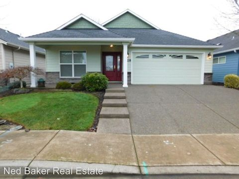 Photo of 2128 Se Rhododendron Ave, Dallas, OR 97338