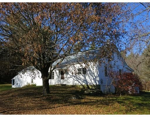 20 Porter Hill Rd, Cummington, MA 01026