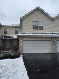 16542 Knottingwood Ave, Oak Forest, IL 60452