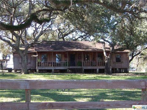 5877 County Road 436, Yoakum, TX 77995