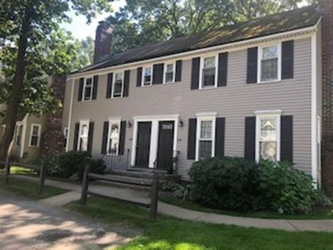 Photo of 835 Wellman Ave Unit 835, Chelmsford, MA 01863