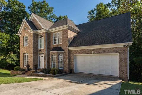 4512 Olde Stream Ct, Raleigh, NC 27612