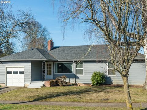 Photo of 7605 Se 42nd Ave, Portland, OR 97206