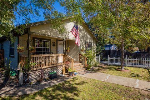 940 Harrison St, Hopland, CA 95449