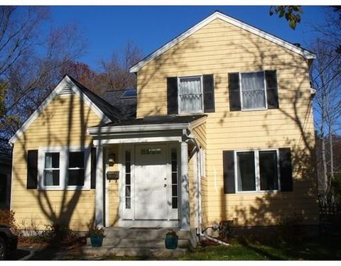 15 Carl St Unit 1, Newton, MA 02461
