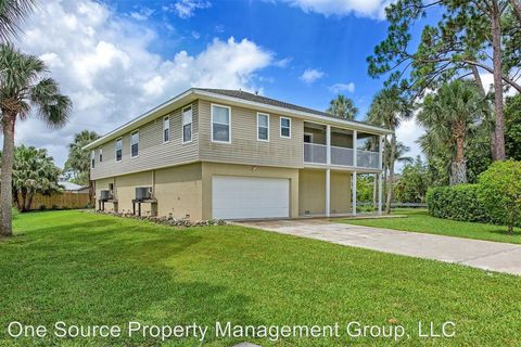 Photo of 3981 Bennett Ln, Bonita Springs, FL 34134