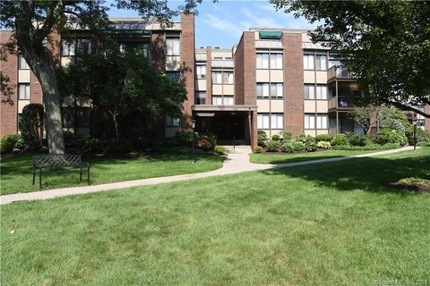 Photo of 795 Prospect Ave Apt B1, West Hartford, CT 06105