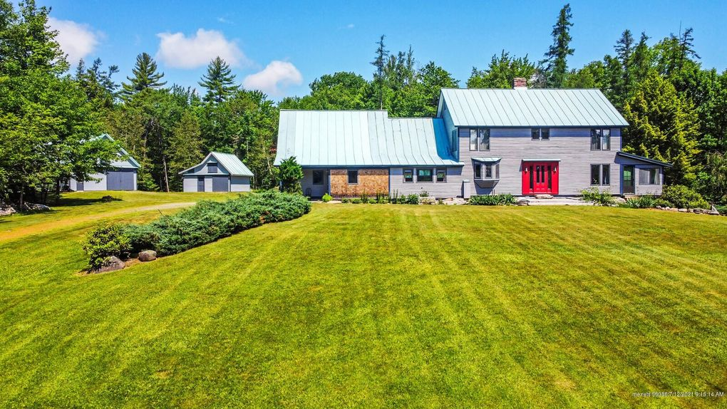20 Taylor Hill Rd Harmony, ME 04942