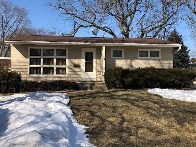 1117 Crestview Dr SE Cedar Rapids, IA 52403