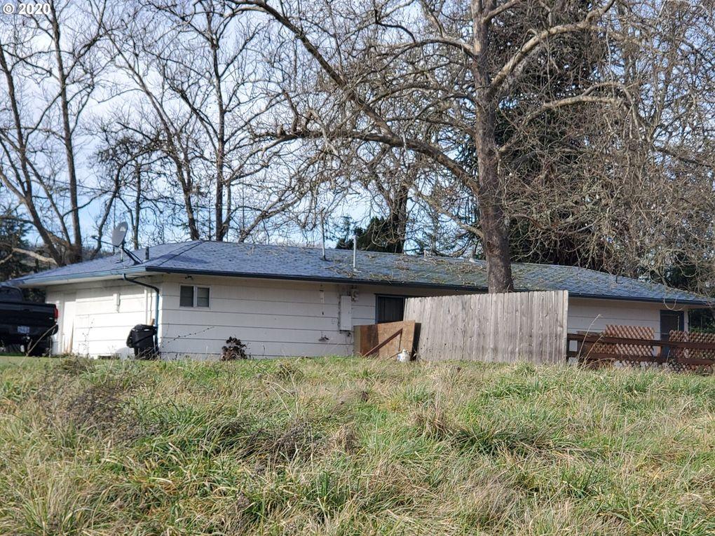 161 Vintage Ln Myrtle Creek, OR 97457