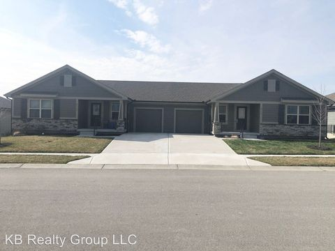 Photo of 8113 Se 6th St, Blue Springs, MO 64014