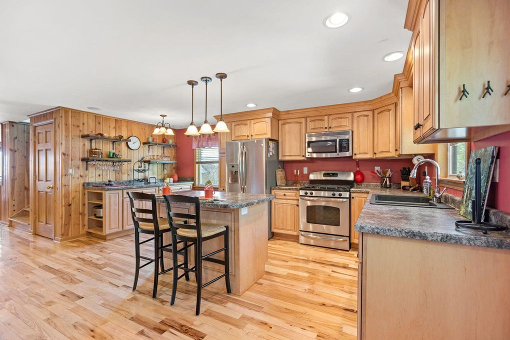 W7742 Lamp Rd Fort Atkinson, WI 53538