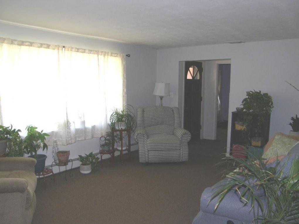 34 Wentworth Rd, Canton, MA 02021
