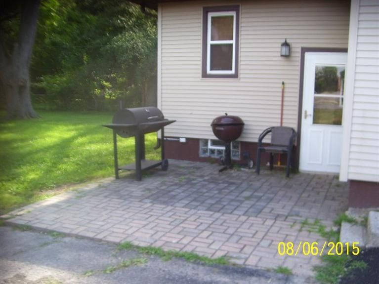 803 W 62nd Ave, Merrillville, IN 46410