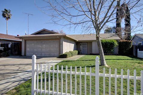 9066 Clendenen Way, Sacramento, CA 95826