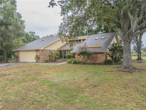 Photo of 122 Wood Hall Dr, Mulberry, FL 33860