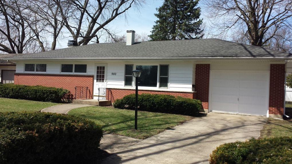 980 Deborah Ave, Elgin, IL 60123
