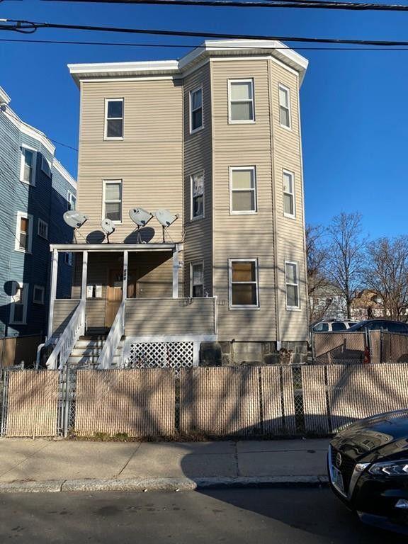 136 Greenwood St Boston, MA 02121
