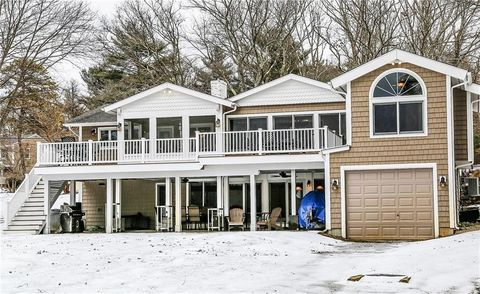 Photo of 39 Sharon Dr, Coventry, RI 02816