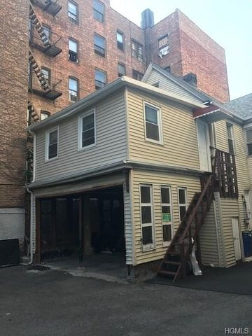 2894 Briggs Ave Bronx NY 10458