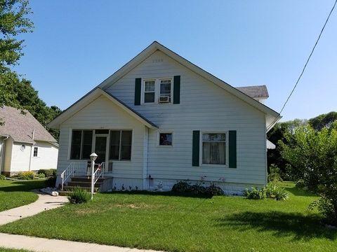109 E Oak St, Manlius, IL 61338