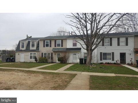 12 Villanova Ct, Sicklerville, NJ 08081