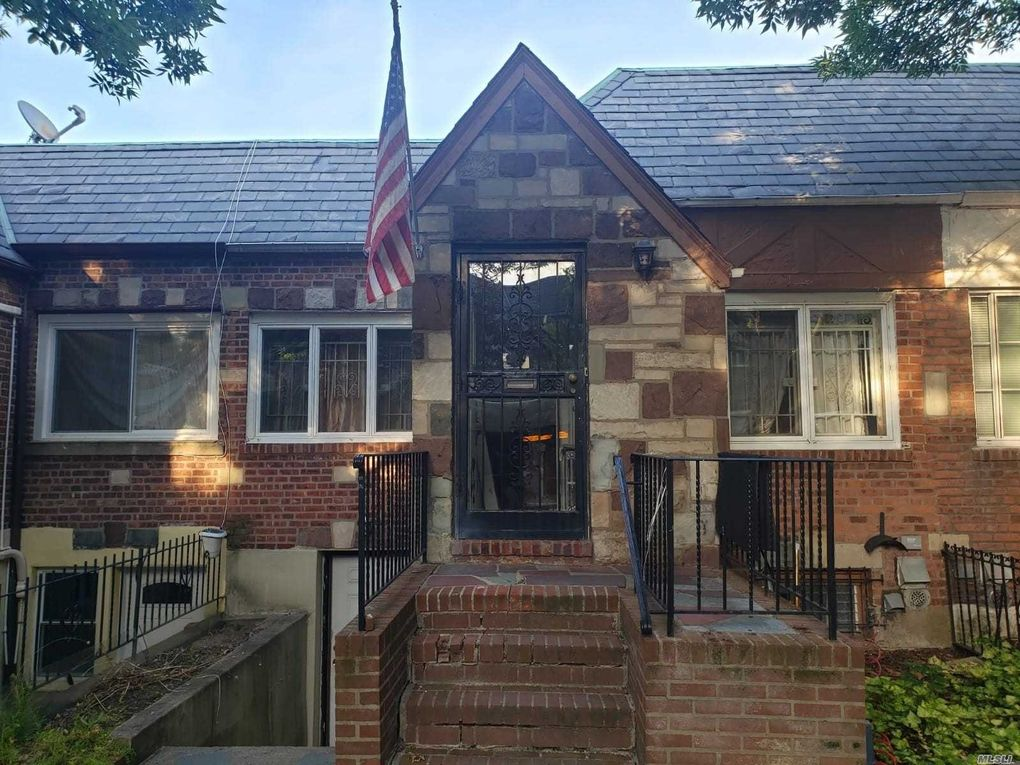 24-39 83rd St East Elmhurst, NY 11370