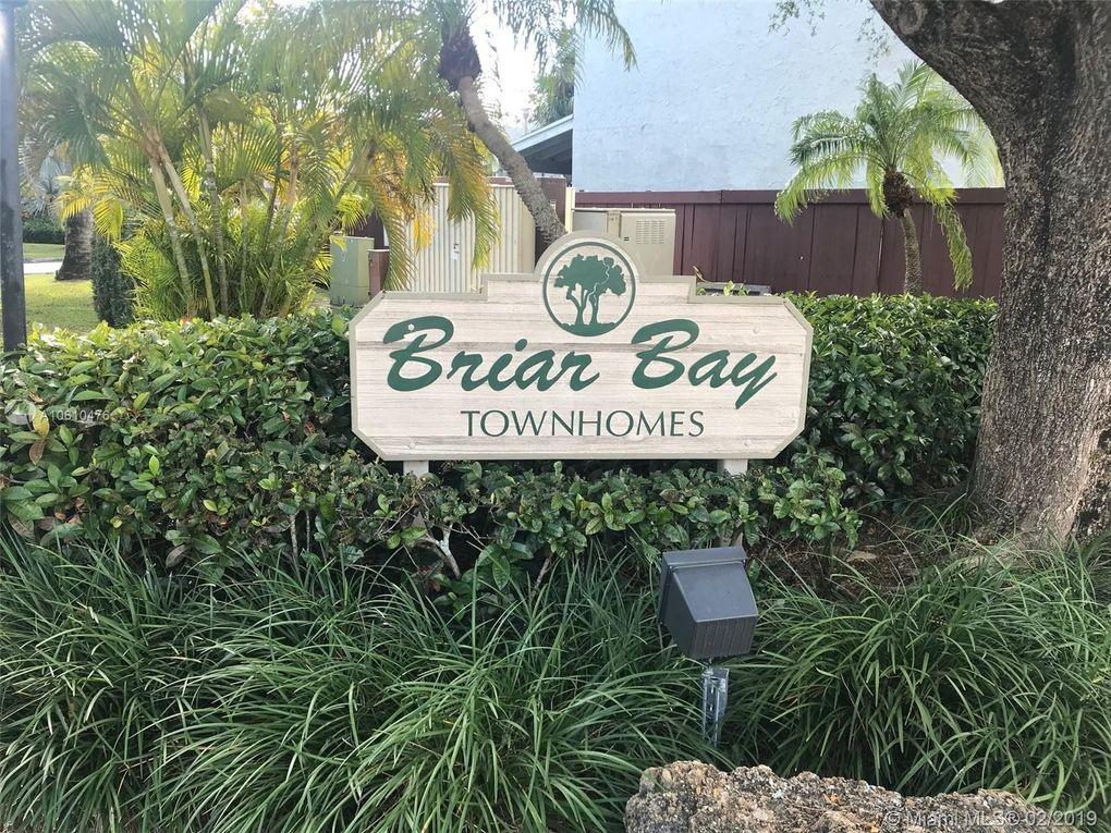 9279 Sw 136th Street Cir, Miami, FL 33176