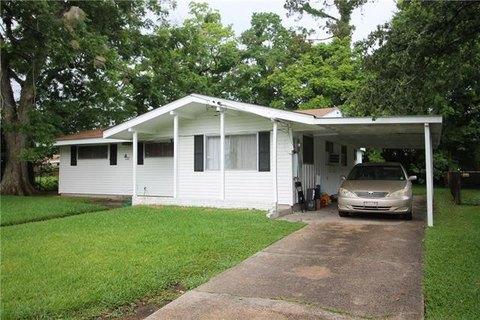 4626 Lancelot Dr, New Orleans, LA 70127