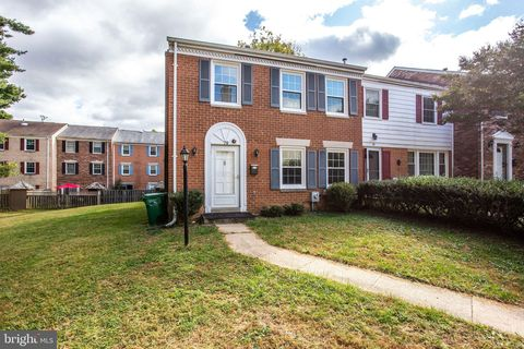 Photo of 79 Longmeadow Dr, Gaithersburg, MD 20878