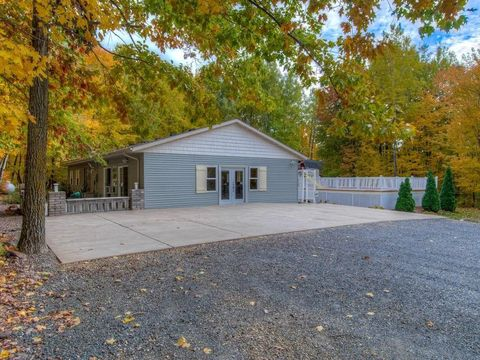 Photo of 12884 N 220th St, Boyceville, WI 54725