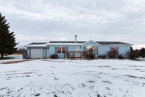 Photo of 236935 Eau Claire River Rd, Aniwa, WI 54408