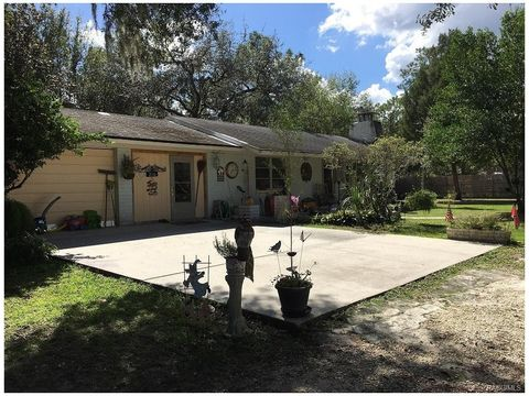 210 N Griffith Ave Crystal River FL 34429