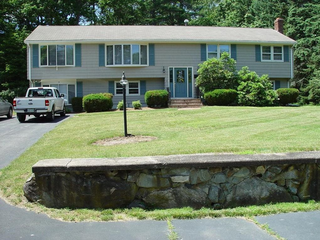 18 Angelos Rd Stoughton, MA 02072