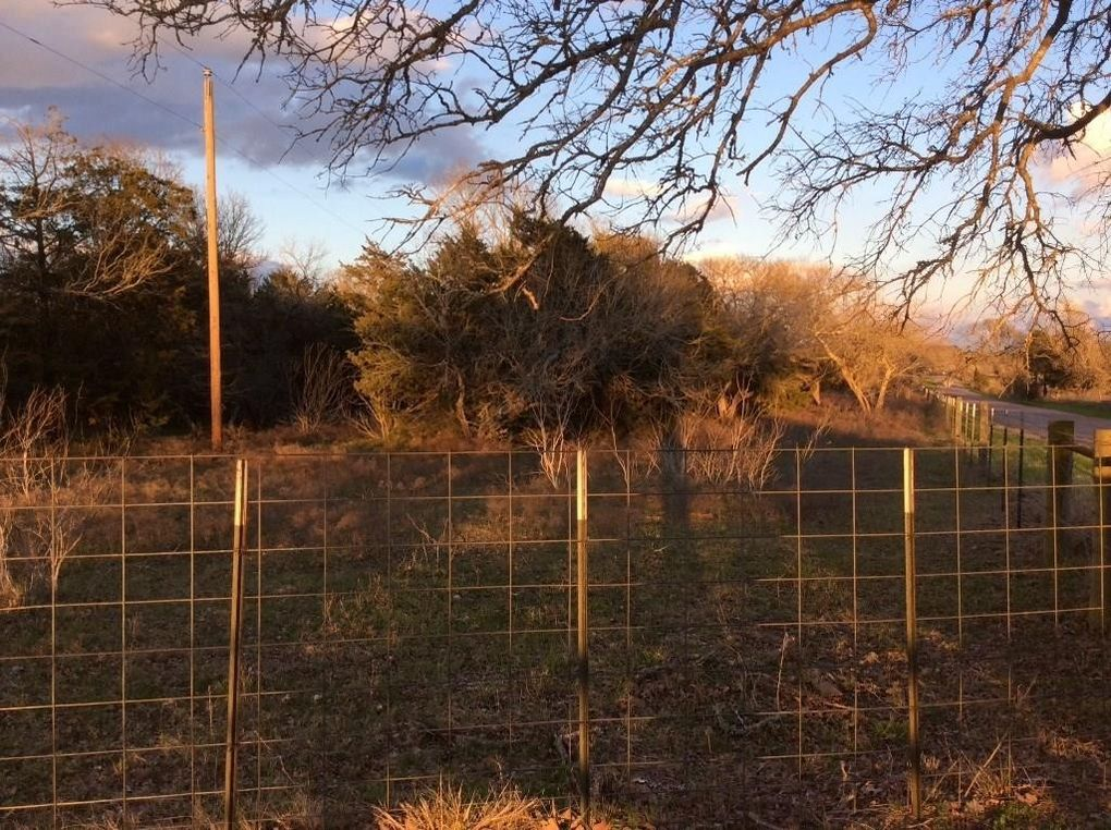County Road 205, Giddings, TX 78942