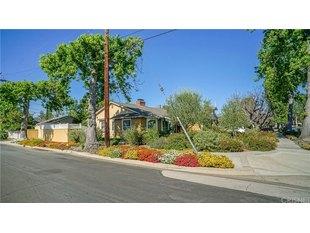 <div>13059 Hesby St</div><div>Sherman Oaks, California 91423</div>