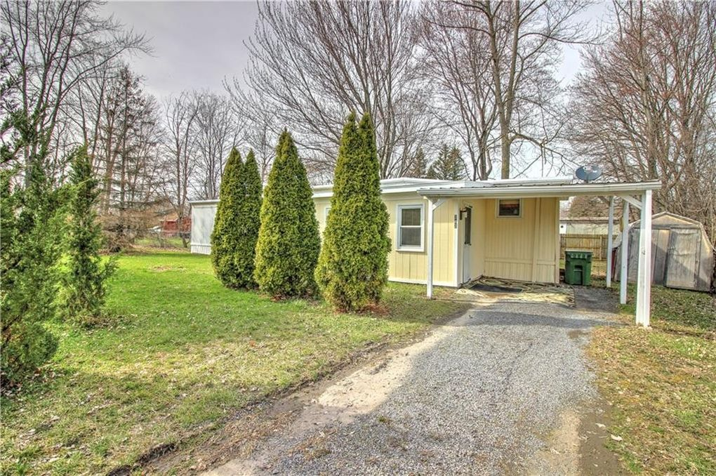 283 Lakeshore Dr Fayette, NY 13165