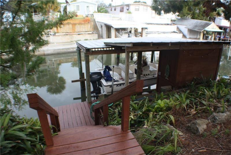 140 Indian Creek Rd, Oak Hill, FL 32759