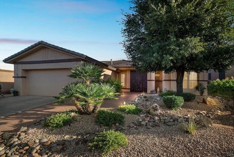1009 W Ashworth Rd, Green Valley, AZ 85614