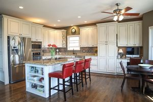4946 Carriage Dr, Mason, OH 45040 - Kitchen