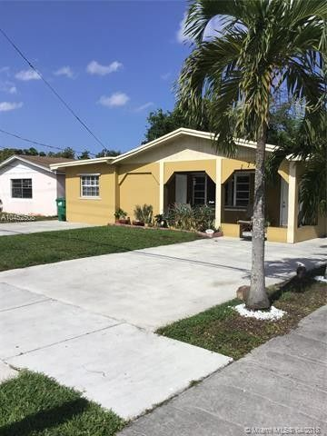 17725 Nw 19th Ave, Miami Gardens, FL 33056. House For Sale