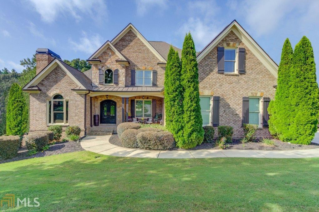 4722 Deer Creek Ct Flowery Branch, GA 30542