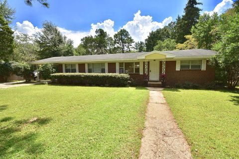 Photo of 142 Phillips Dr, Crestview, FL 32536