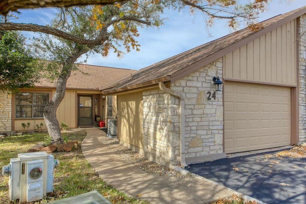 24 Oaks Pl, Lago Vista, TX 78645